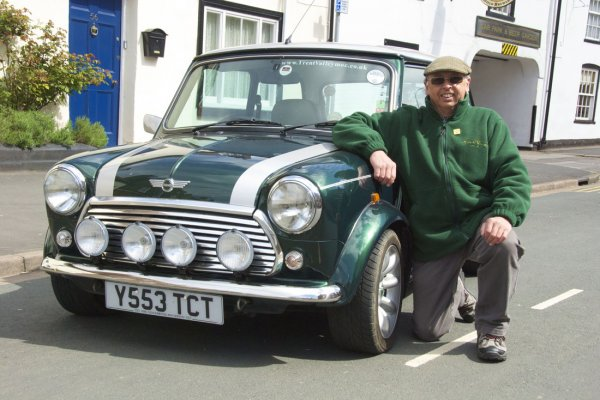 Minis gather in Gainsborough for Fathers' Day