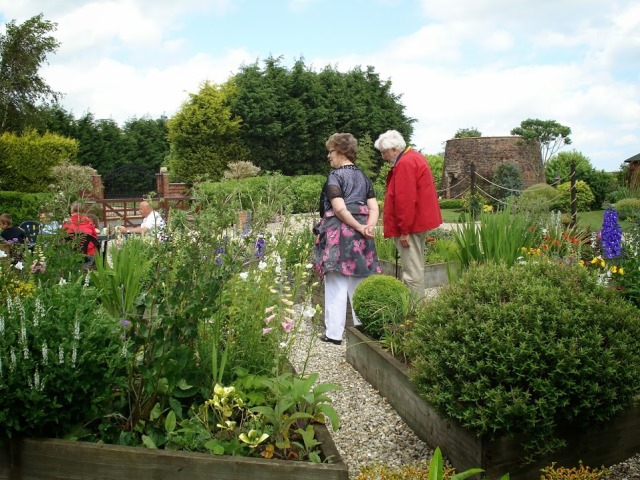 Gardeners open up their gates for charity
