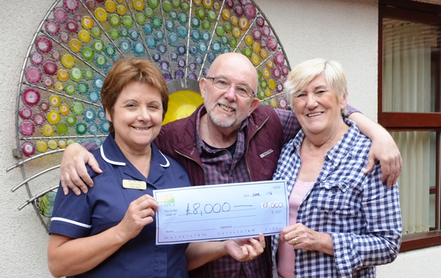 World-renowned terminally ill artist raises £8k for hospice