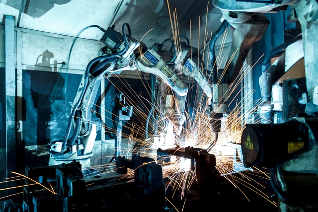 University of Lincoln develop digital skills curriculum for the new phase of industry
