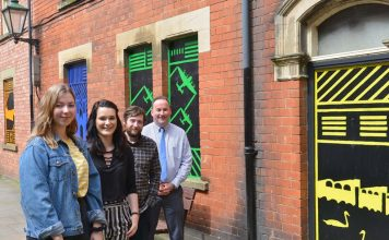 Lincoln mural displays county history in colour