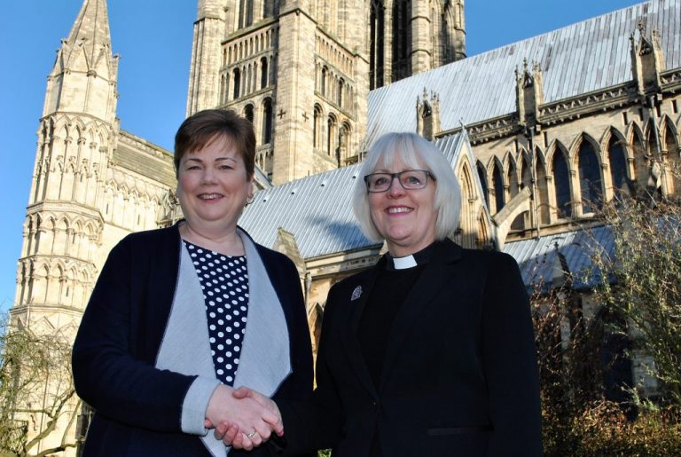Lincolnshire Solicitors pledge support to Lincoln Cathedral