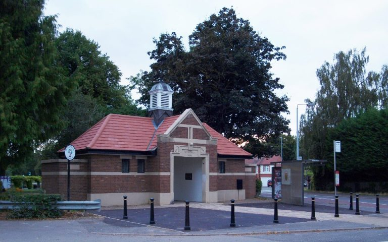 Views sought on improvements to Grantham's Wyndham Park