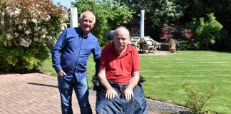 Man takes on Wainwright's Lost Tour for local hospice
