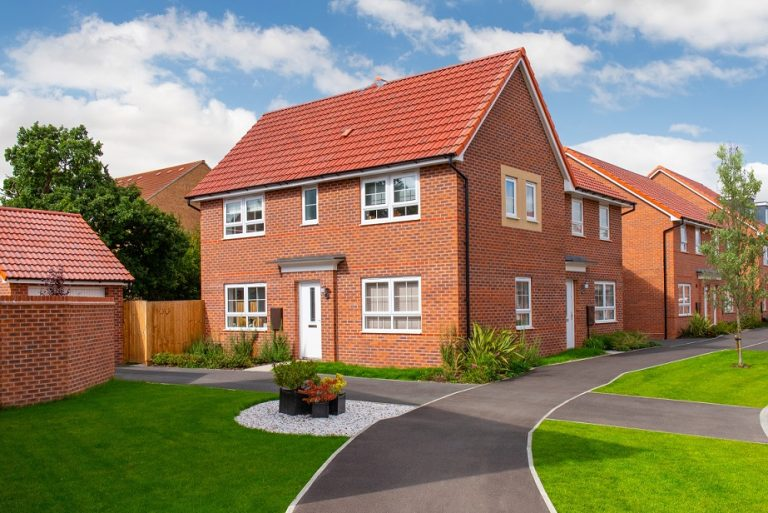 Housebuilder re-starts on construction sites in Lincolnshire