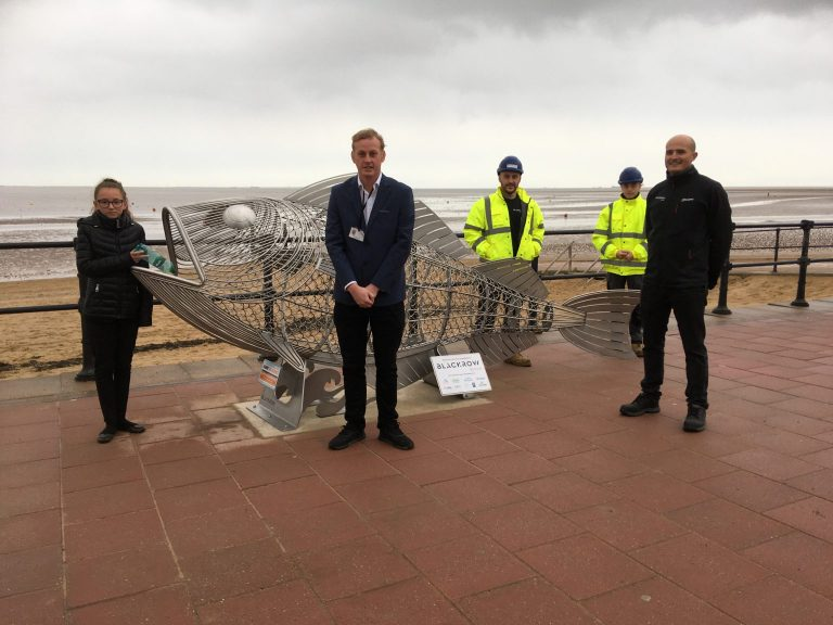 300kg metal haddock installed in Cleethorpes to keep beach clean