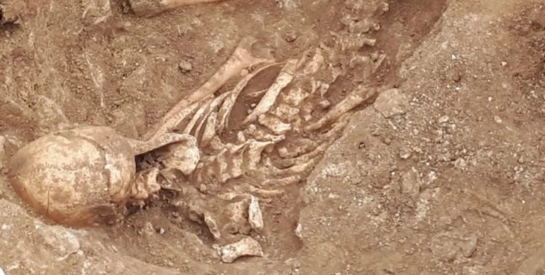 Iron age skeletons found in Lincolnshire