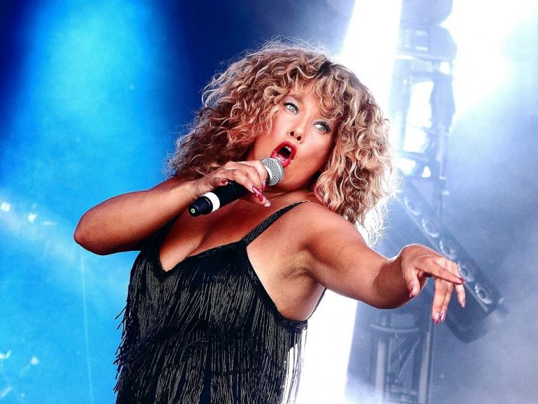 Totally Tina rocks into Skegness this August